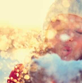 7 Tips To Ensure Your Skin Looks & Feels Great This Winter