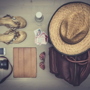 10 Tips for Packing Hand Luggage this Summer
