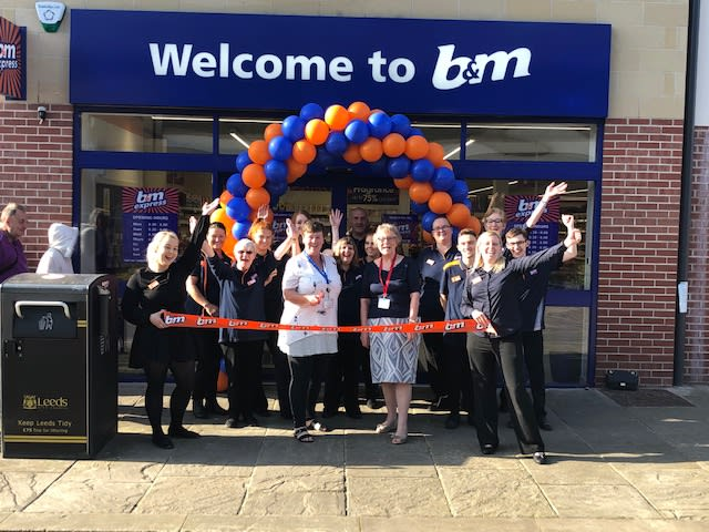 Bm Lifestyle Local Food Bank Helps Unveil Brand New Bm