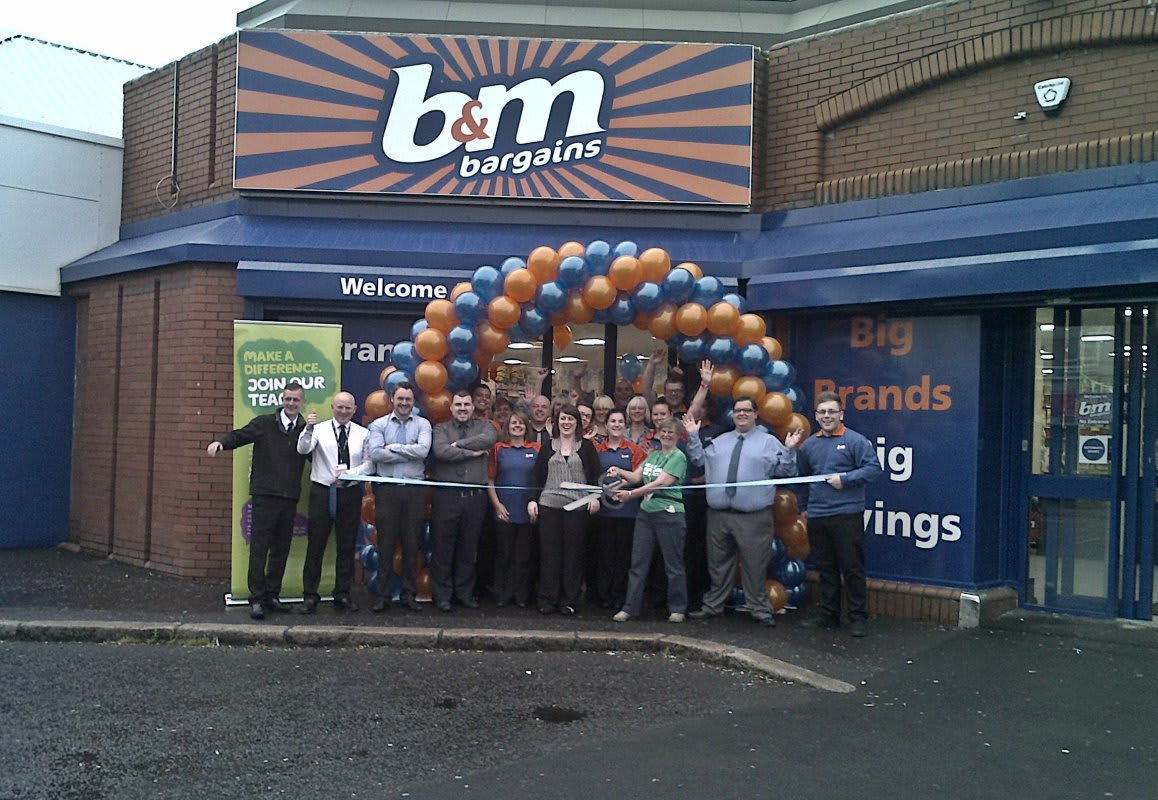 B M Lifestyle Bargains In Belfast As New B M Store Opens
