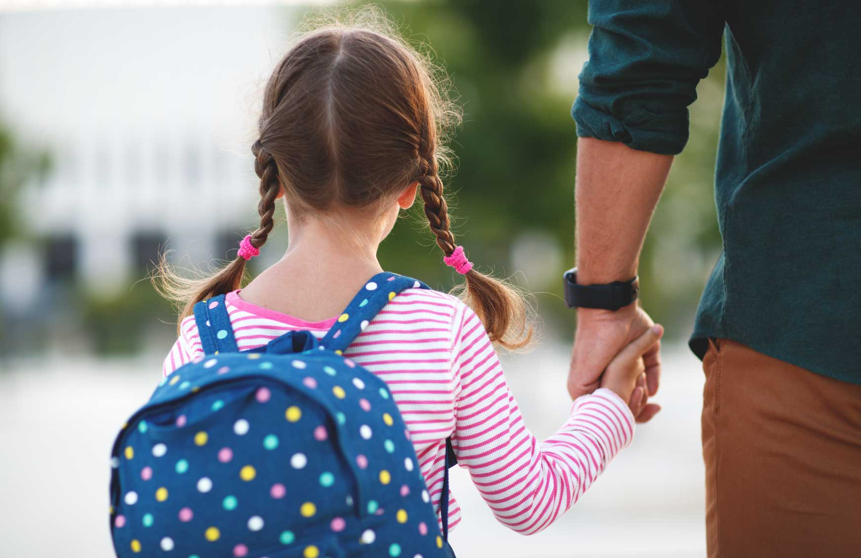 First Day of School: 6 Need-to-Know Tips for Parents Doing their First School Run