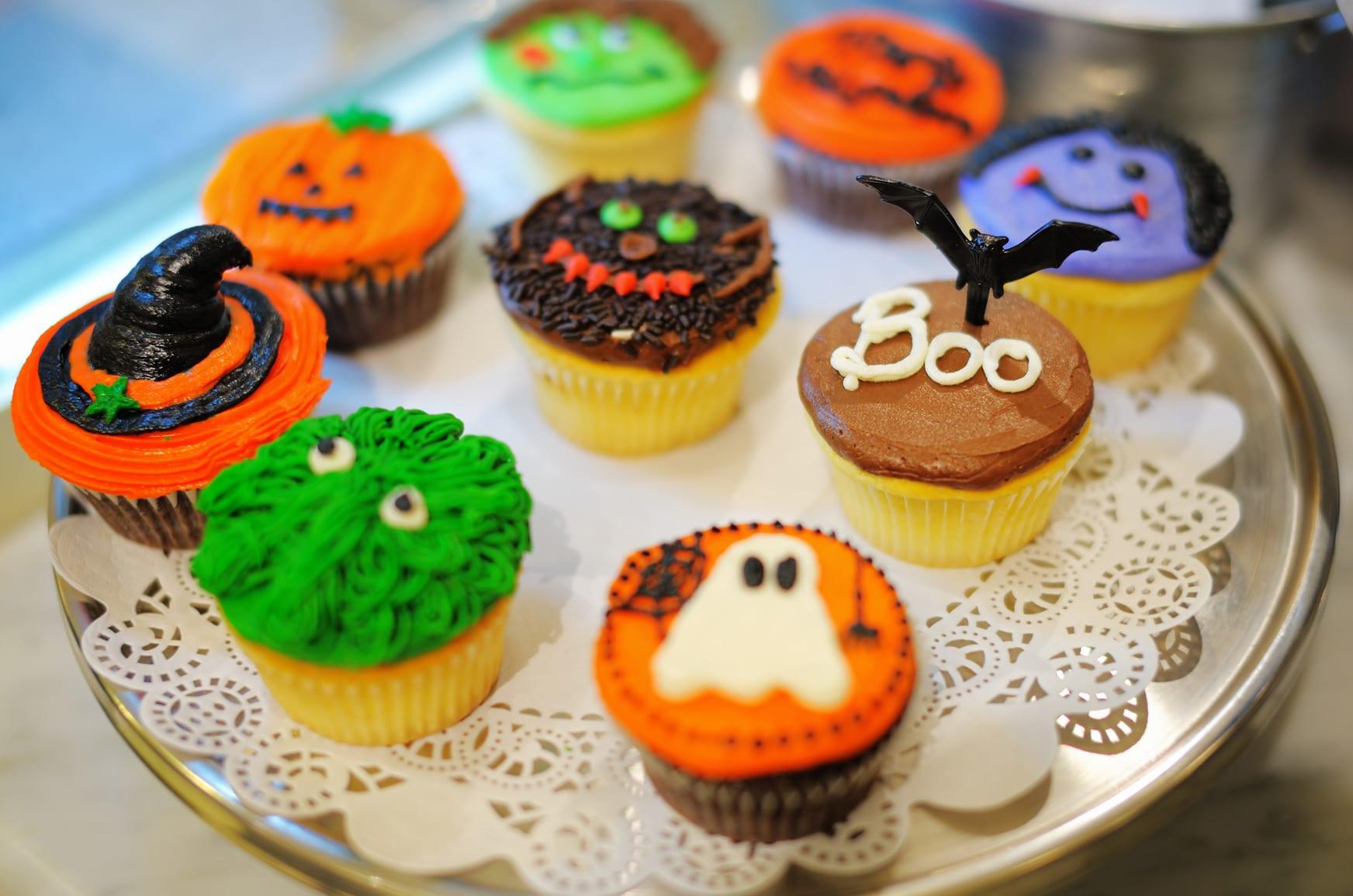 b&m lifestyle | fizzy fanta halloween cupcakes