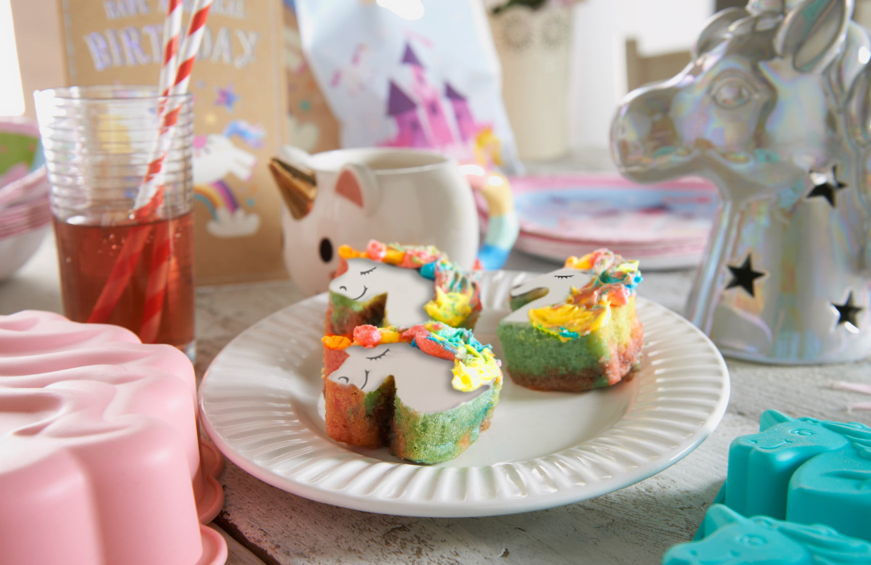 B M Lifestyle Little Vix S Unicorn Cupcakes