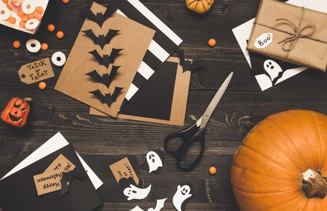 5-cheap-halloween-decorations-you-can-make-yourself-1