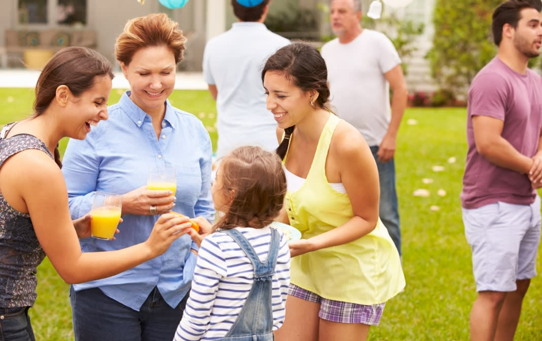 Summer Mocktails: 4 Refreshing Alcohol-Free Drinks for the Whole Family
