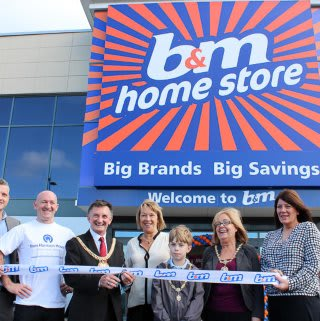 Our Edge Lane Store being opened by lord mayor Tony Concepcion and a representative from local charity Tom Harrison House who received £250 worth of B&M vouchers.