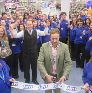 Our Driffield store being opened by the Mayor of Driffield Mr Matt Rogers who gratefully received £250 worth of B&M vouchers for his chosen charity.