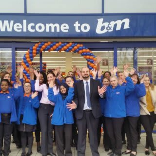 The new colleagues at B&M Beckton