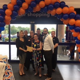 Store staff at B&M's new store in Huntingdon were delighted to welcome representatives from Wood Green - The Animals Charity Rehoming Centre, the store's chosen charity for opening day. The charity received £250 worth of B&M vouchers for taking part in B&M's special day.