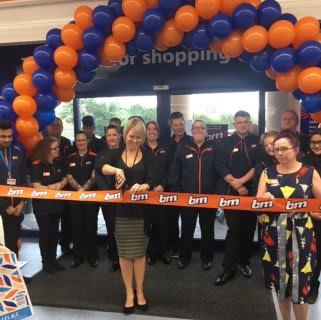 A representative from Wood Green - The Animals Charity Rehoming Centre was B&M's special VIP guests for the day, cutting the ribbon to officially open the Huntingdon store.