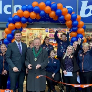 Store staff at B&M's new store in Hednesford were delighted to welcome the local mayor and local charity Newlife Cannock. The charity received £250 worth of B&M vouchers for taking part in B&M's special day.
