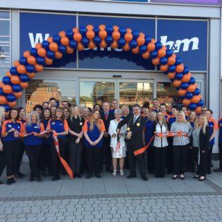 B&M South Shields was re-opened by Local Deputy Mayor, Councillor Ken Stephenson.