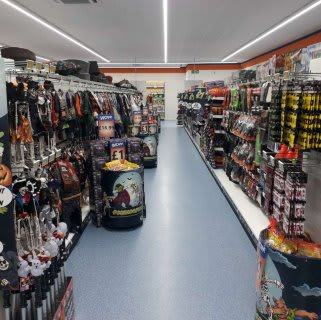 B&M's brand new store in Ilford stocks a spooky range of Halloween costumes, decorations, lights and much more. Everything you need for your haunted Halloween party!