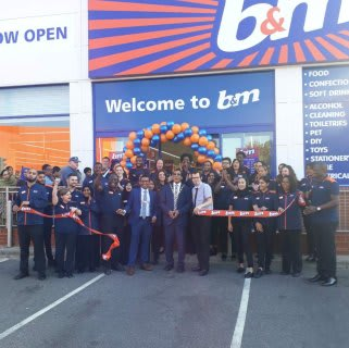 Store staff at B&M's new store in Ilford were delighted to welcome local mayor, Councillor Zulfiqar Hussain, who cut the ribbon to officially open the store.