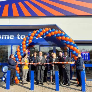 B&M's Willenhall store re-opens after extensive refurbishment works. The local mayor was present to cut the ribbon, while Acorns Chicldren's Hospice charity were also in attendance and received £250 worth of B&M vouchers.