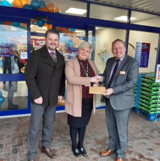 Store staff at B&M's new store in Warrington were delighted to welcome representatives from local charity, St. Rocco's Hospice, the store's chosen charity for opening day. The charity received £250 worth of B&M vouchers in appreciation of their dedication and hard work in the community.