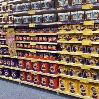 B&M's brand new store in Warrington is choc-full of delicious Easter chocolate, including Easter Eggs from the biggest brands like Cadbury, Galaxy, Maltesers, Nestle and much more!