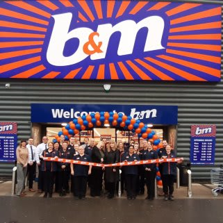 Store staff at B&M's refurbished store in Derby were delighted to welcome local charity Me & Dee as their special guest. The charity received £250 worth of B&M vouchers for taking part in B&M's special day, and as a thank your for their hard work and dedication in the community.
