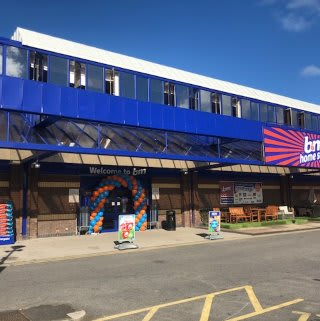 B&M Ringway in Preston has enjoyed recent refurbishment works, expanding the store and now featuring Frozen and Chilled sections.