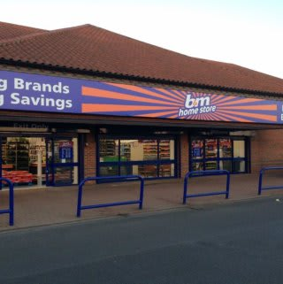B&M Home Store in Willerby, Kingston Upon Hull. The store is located at the Willerby Shopping Centre, Beverly Road.