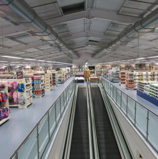 Overview of Fort Kinnaird store.