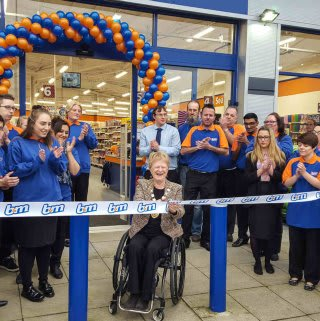 The new Crawley store being opened by The Mayor of Crawley Councillor Ms Chris Cheshire and Representatives from Sense who gratefully received £250 worth of B&M vouchers.