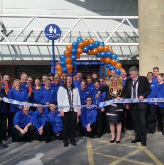 Mayor of Neath Town Council, Jan Lockyer cut the ribbon to officially open the new B&M Home Store & Garden Centre.