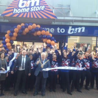 B&M Ipswich - Eastgate Shopping Centre being formally opened by the Lord Mayor, Councillor Roger Fern.
