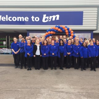 The excited new B&M colleagues ready to start their first day at B&M Ashton under Lyne - Snipe Retail Park Homestore