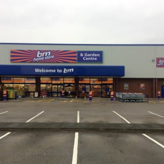 B&M's new store in Burton-upon-Trent is based on Horninglow Street.