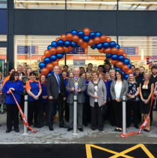 B&M's new store at Cross Hands Business Park, Llanelli was opened by Chairman of Carmarthenshire, Councillor Irfon Jones and his wife Jean Jones.