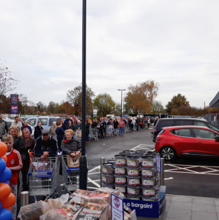 Tonbridge was buzzing with excitement on Saturday, with shoppers queuing through the Cannon Lane Retail Park car park. B&M opened its 600th store in the town.