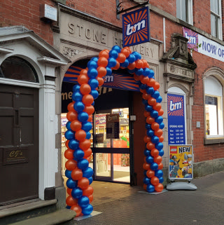 B&M's newest store opened its doors on Friday (9th November 2018) in Stone, Staffordshire.