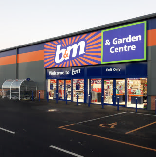 B&M's newest store opened in Eston, Middlesbrough on Thursday (15th November 2018).