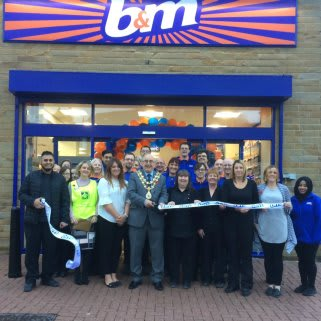 The new B&M store is officially opened by Rossendale Borough Council's Mayor Granville Morris.