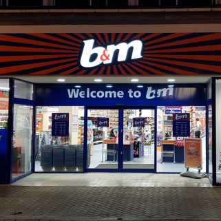 B&M's newest store opened in Weston-super-Mare on Thursday (29th November 2018). The store is located on High Street in the town.
