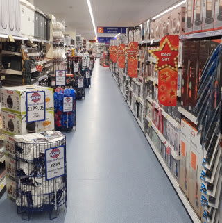B&M's new store in Weston-super-Mare stocks a huge range of quality electricals, from brands such as Eveready, Goodmans and Blaupunkt.