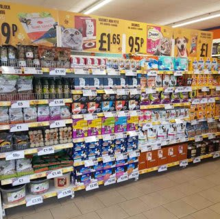 B&M's brand new store in Bolton stocks a great range of pet products, from cat and dog food and treats, to toys and clothing.
