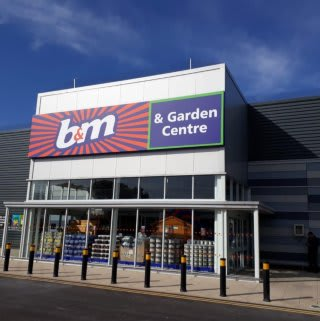 B&M's newest store opened its doors on Friday (24th May 2019) in Whitby. The B&M Store is located just outside the town centre, on Stainsacre Lane.