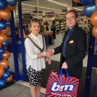 Store staff at B&M's new store in Hitchin were delighted to welcome Cllr Jean Green who cut the ribbon to officially open the store.