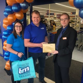Store staff at B&M's new store in Hitchin were delighted to welcome representatives from Phase Hitchin, the store's chosen charity for opening day. The charity received £250 worth of B&M vouchers for taking part in B&M's special day.