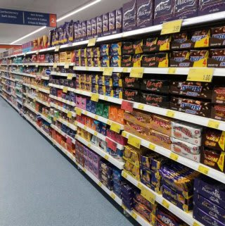 B&M's brand new store in Lichfield stocks the biggest names in confectionery, from Cadbury and Mars to Nestle, Reese's and much more!