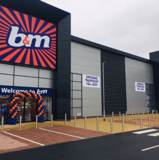 B&M's newest store opened its doors on Thursday (18th July 2019) in Lichfield. The B&M Store is located just outside the town on Eastern Avenue.