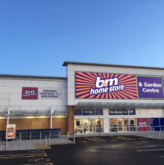 B&M's newest store opened its doors on Wednesday (7th November 2019) in Portsmouth. The B&M Store is located near to the town centre at Ocean Retail Park.