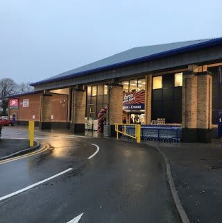 B&M's newest store opened its doors on Friday (6th December 2019) in Llanishen. The B&M Store is located near to the town centre on Ashbourn Way.