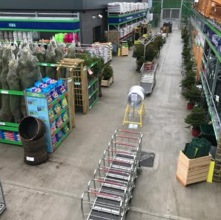 B&M's brand new store in Shiremoor boasts an extensive Garden Centre range; everything from fencing and aggregate, to planters and sheds.