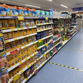 B&M's brand new store in Havant stocks an amazing and ever-changing pet range, from dog and cat food to toys and pet bedding.