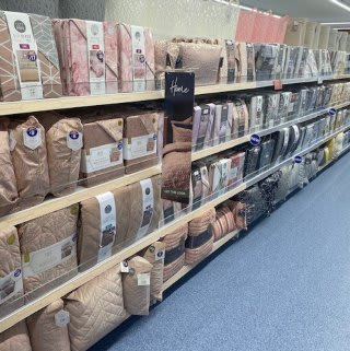 B&M's brand new store in Tunbridge Wells stocks a charming range of bedding, including duvet covers, complete bed sets, pillow cases, mattress protectors and much more!