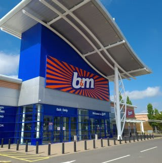 B&M's newest store opened its doors on Wednesday (17th June 2020) in Lisburn, County Down. The B&M Store is just outside the town centre at Sprucefield Retail Park.