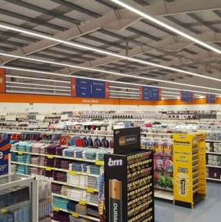 A high level shot of B&M's newest addition in Cornwall. The store opened on 8th February 2017 in Bude, located at Binhamy Retail Park.